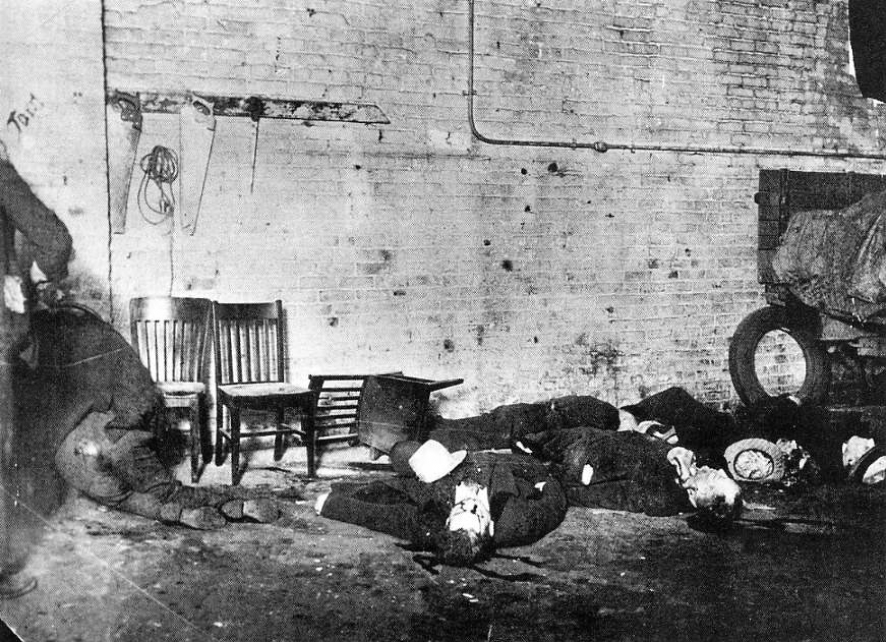 Watch The St. Valentine's Day Massacre For Free Online ...