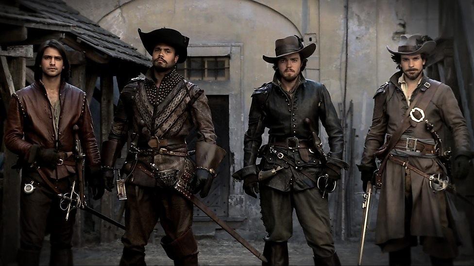 Online Musketeers